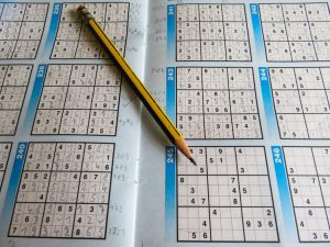 Sudoku US leisure puzzles sudoku pencil 300x225 - Sudoku-US-leisure-puzzles-sudoku-pencil